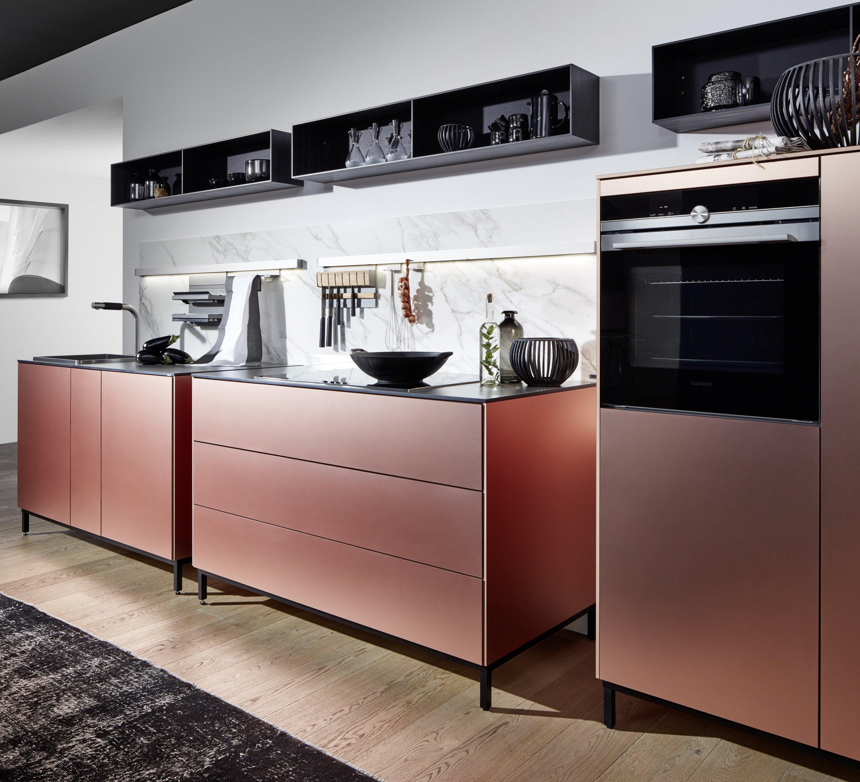 rode-keuken-showroom-witzand-bouwmaterialen